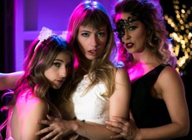 [GirlsWay] Cherie Deville, Kristen Scott, Ivy Wolfe – 2 Scenes In 1