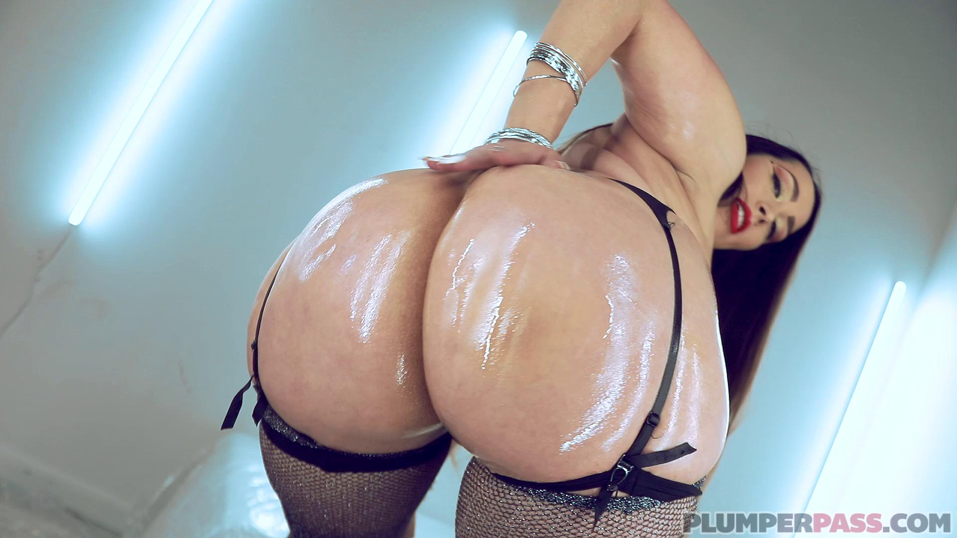 Alycia Starr Glammed And Banged