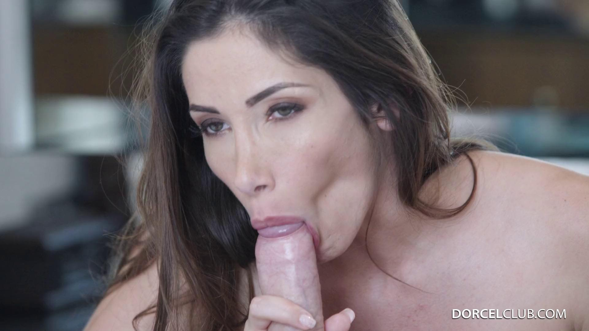 Clea Gaultier Carnal Intercourse