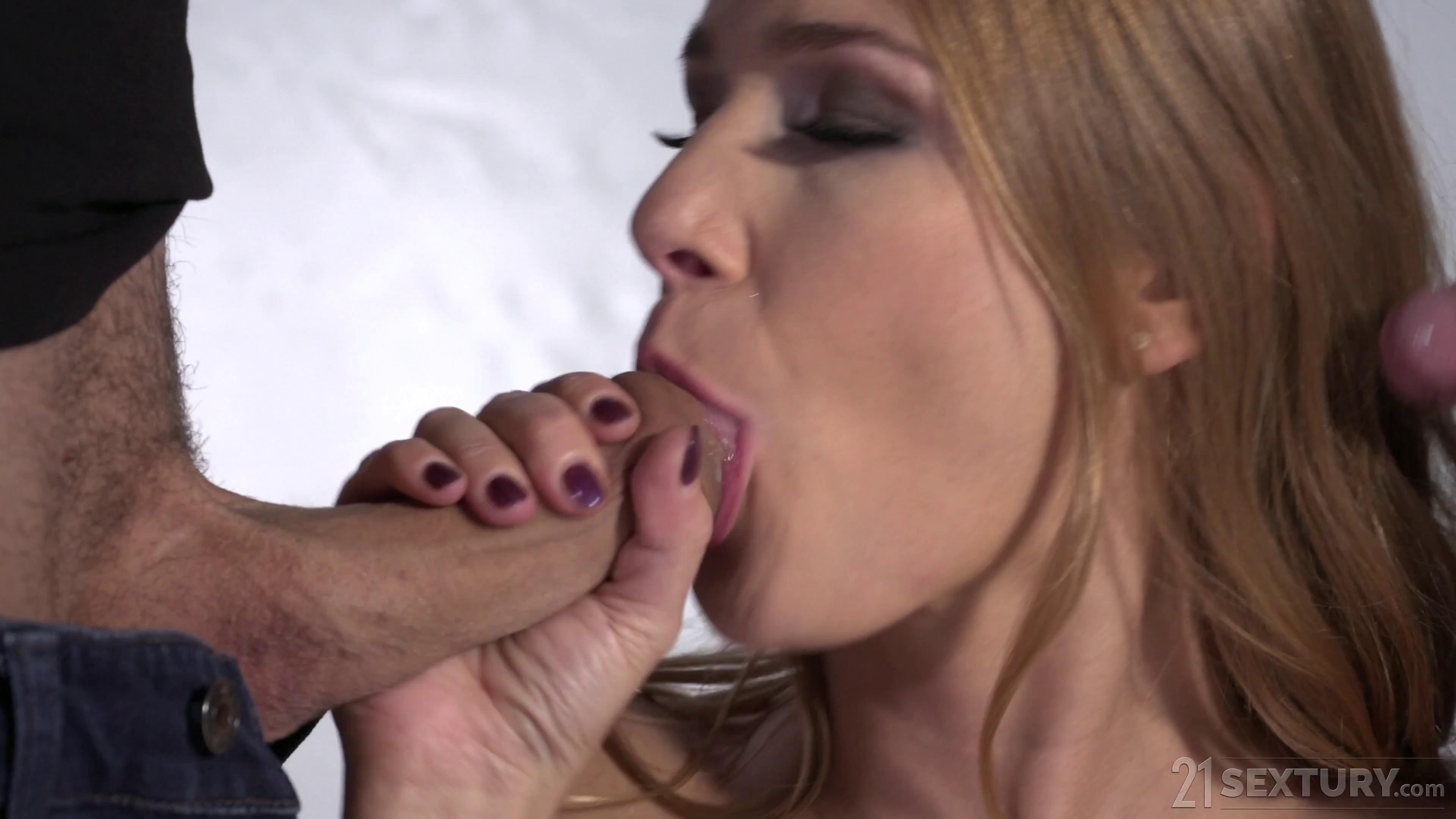 Alexis Crystal Threesome Modeling
